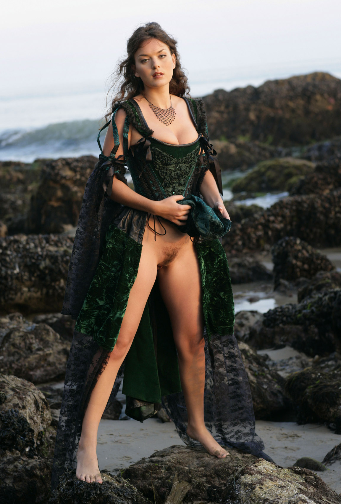 Betcee Beach Beauty for Bare Maidens | Curvy Erotic