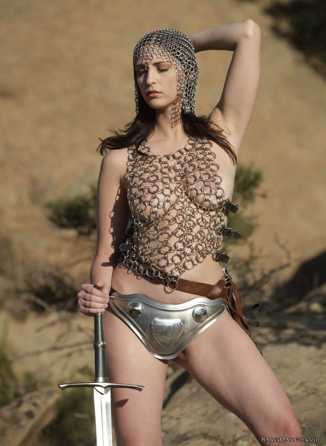 Girls in chainmail nude, come sex me