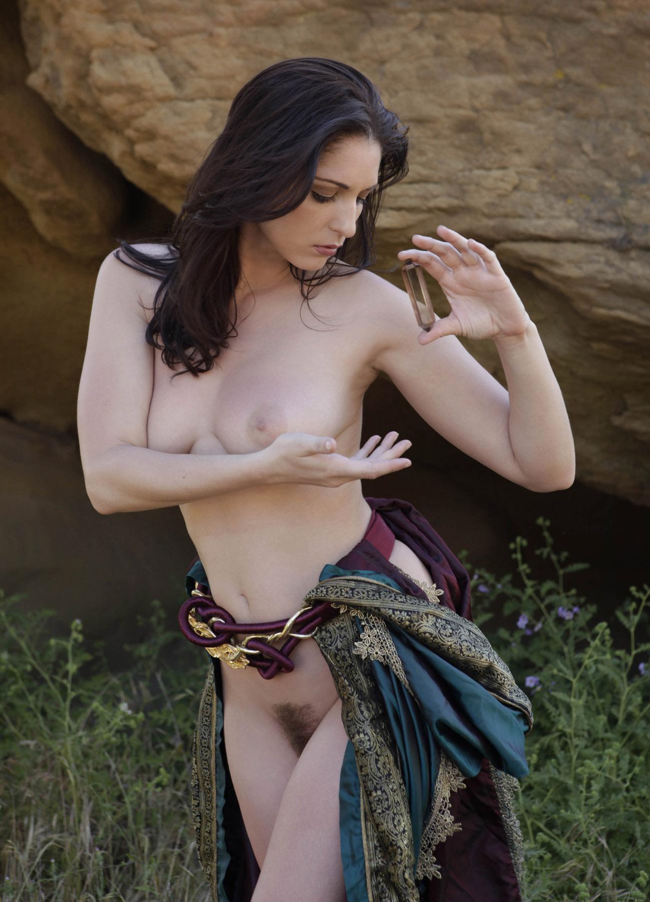 эротика в средневековом стиле фото человек