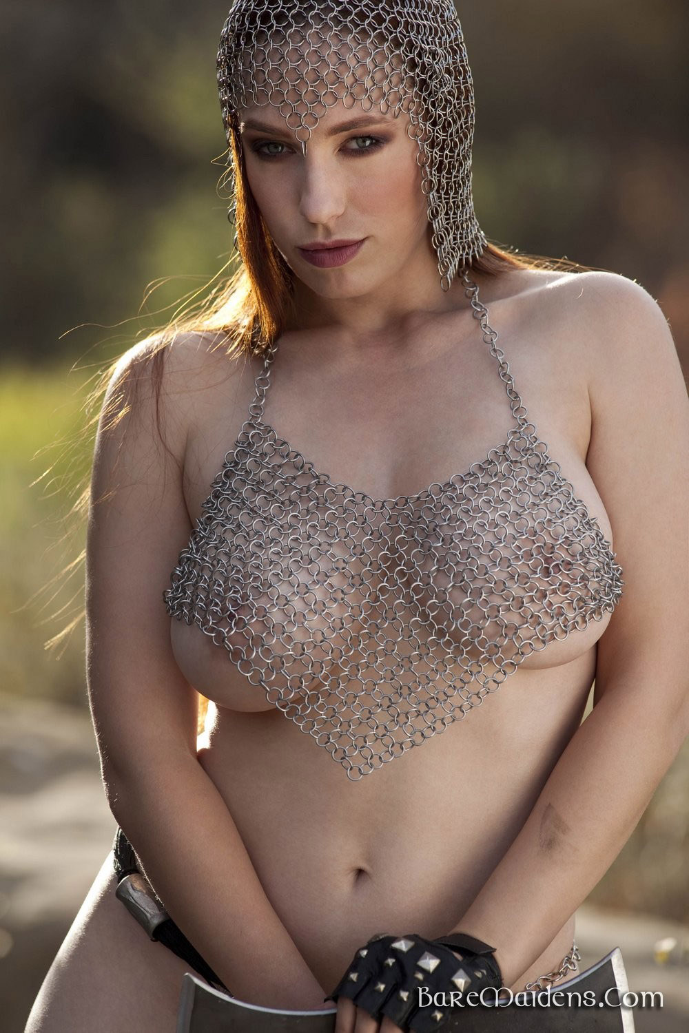 girls-in-chainmail-nude-facking-clip