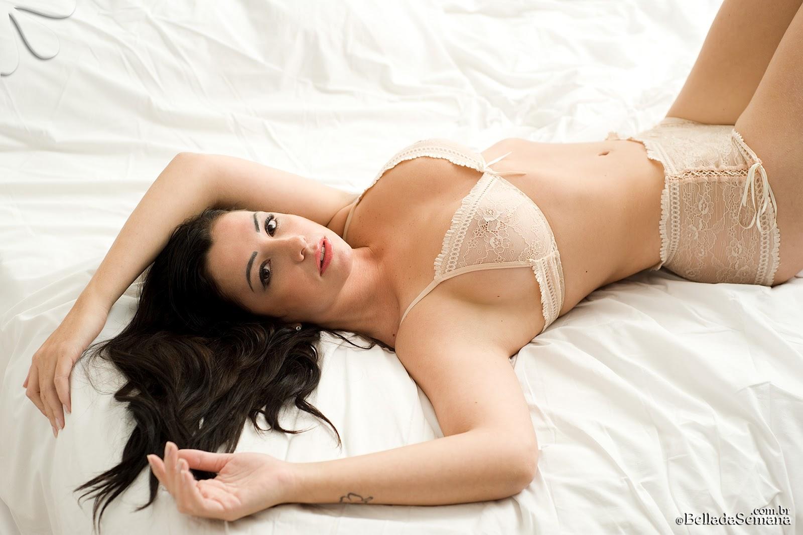 sabrina escort bed