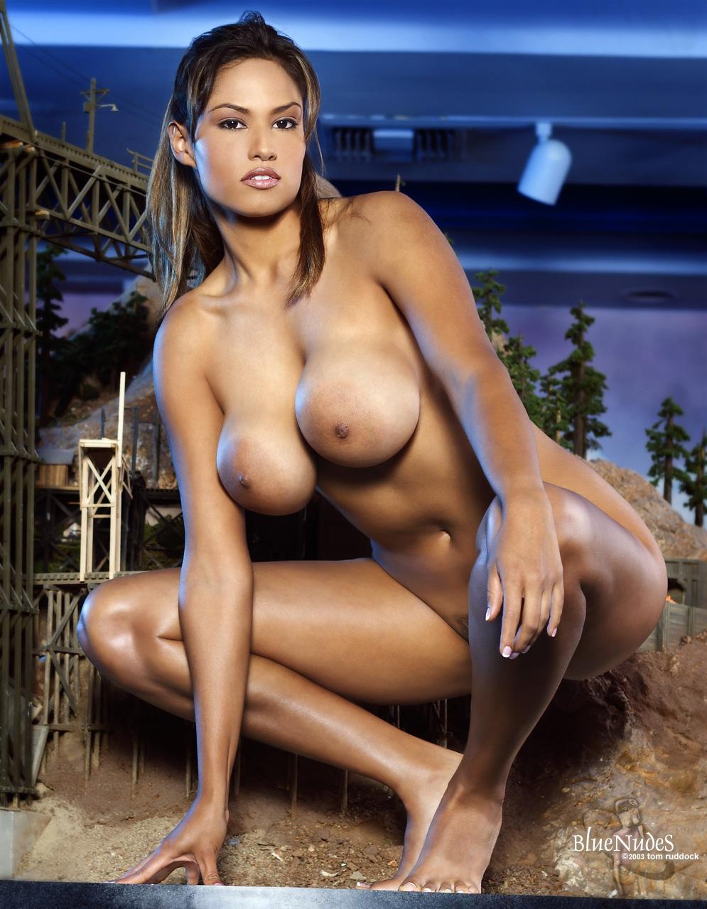 Life size nude pics