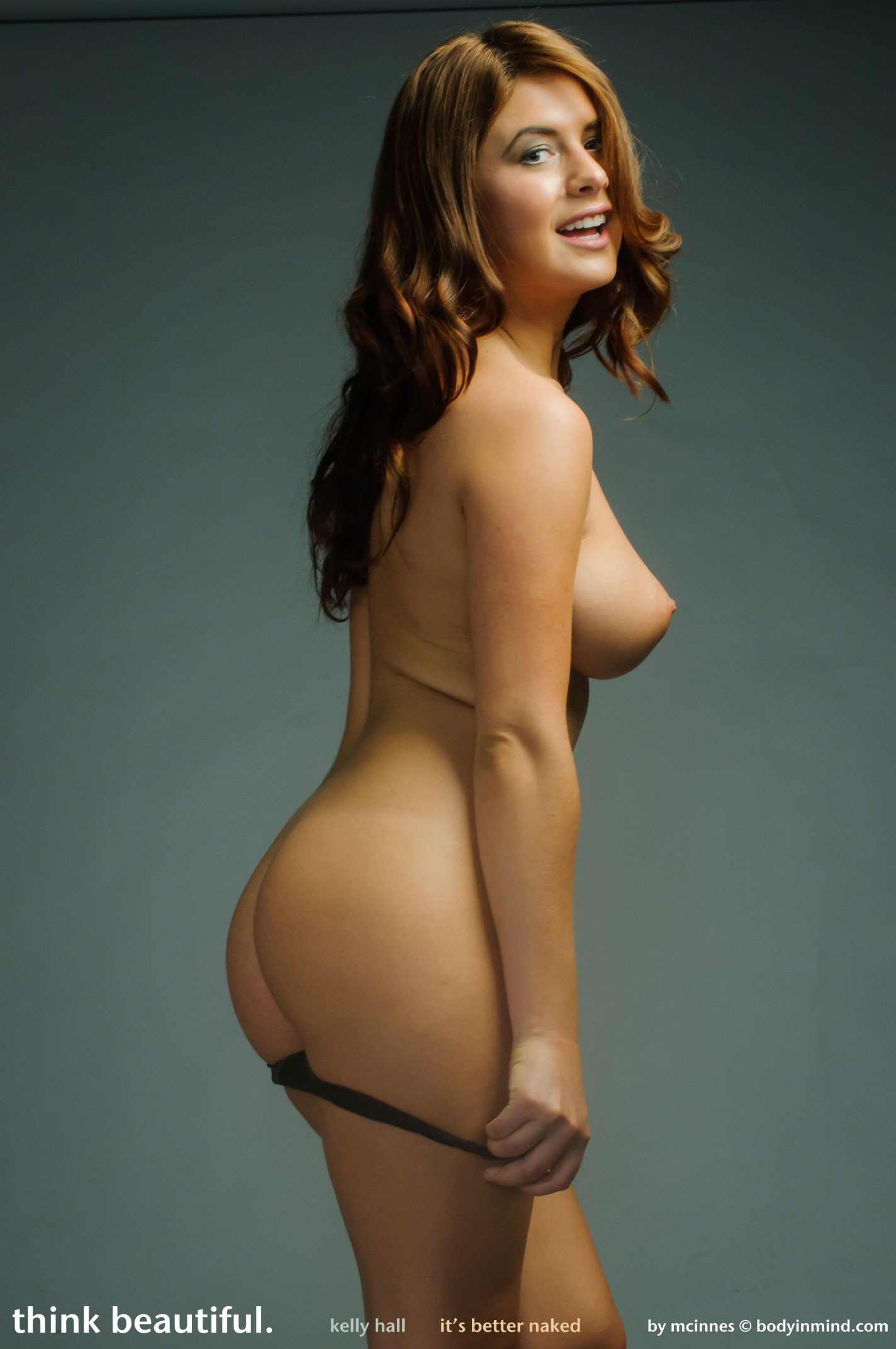 Kelly brook's naked snaps leaked online the sun