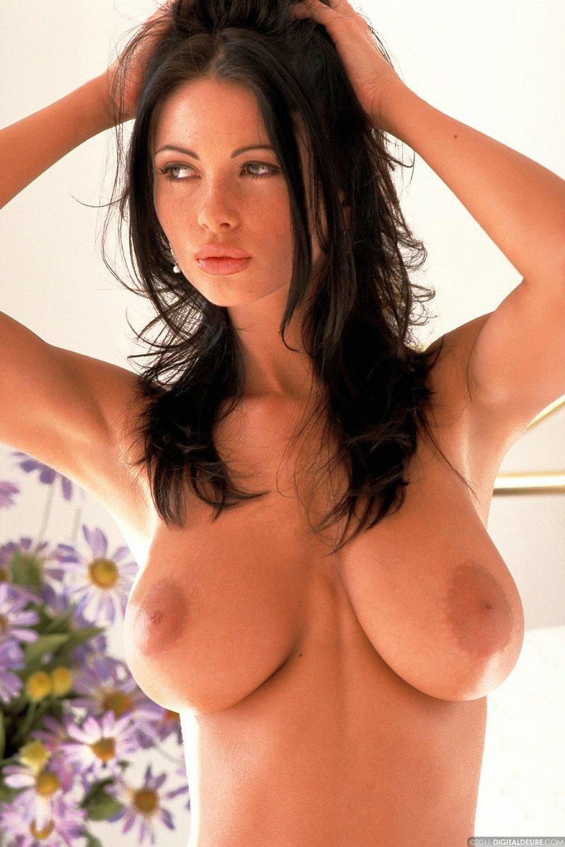 Veronica zemanova naked
