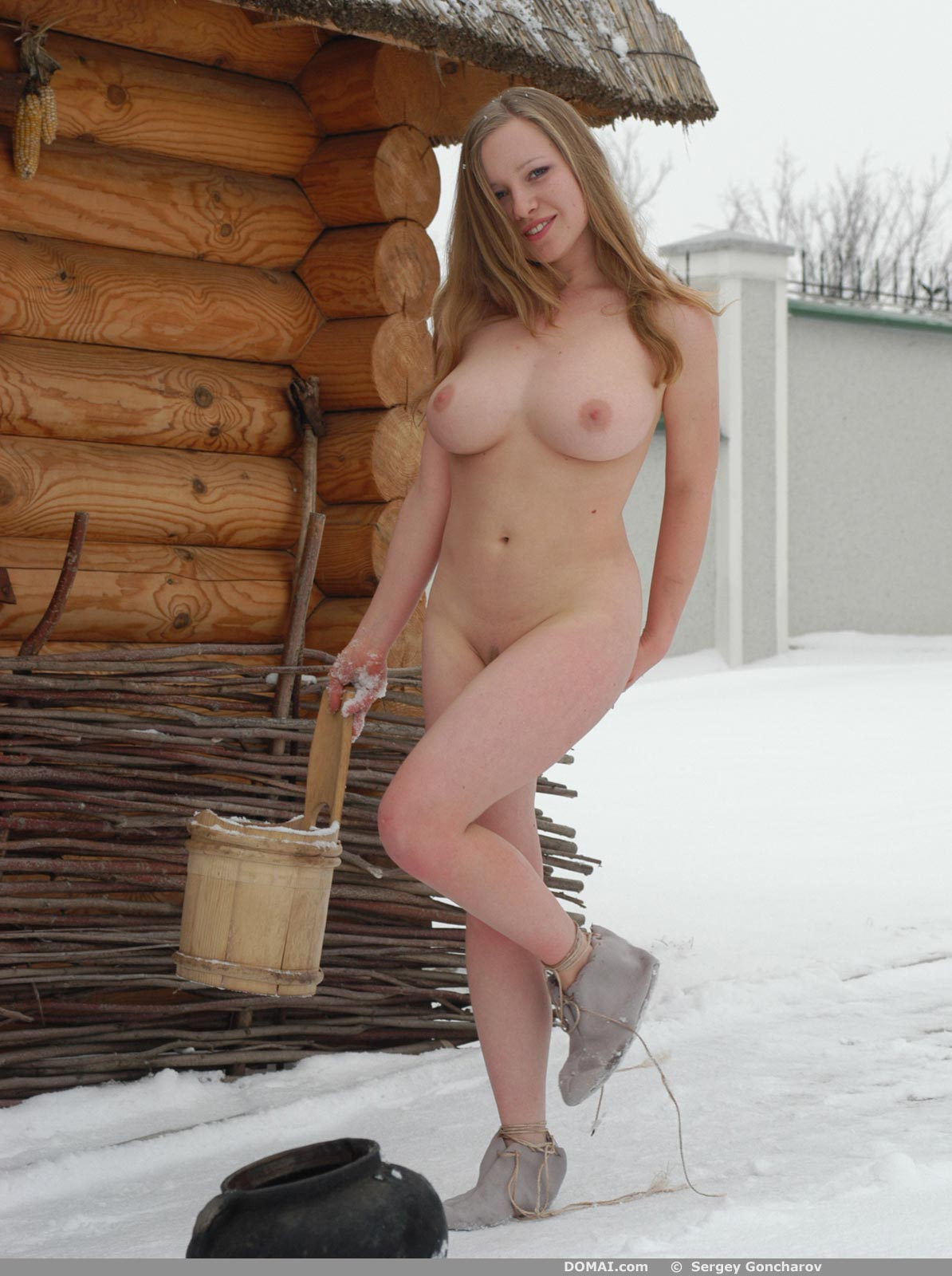 Фото девушек 18 в бане деревенской 17 фотография