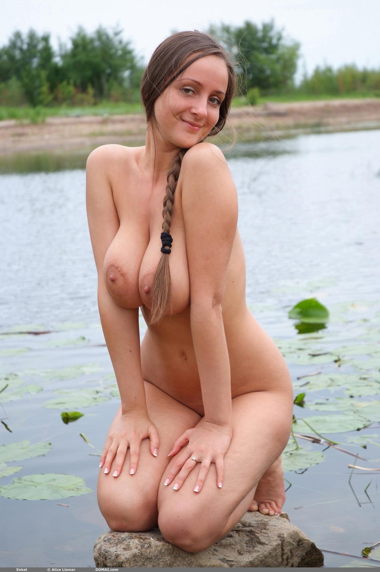 Русские девушки сисястые 10 фотография