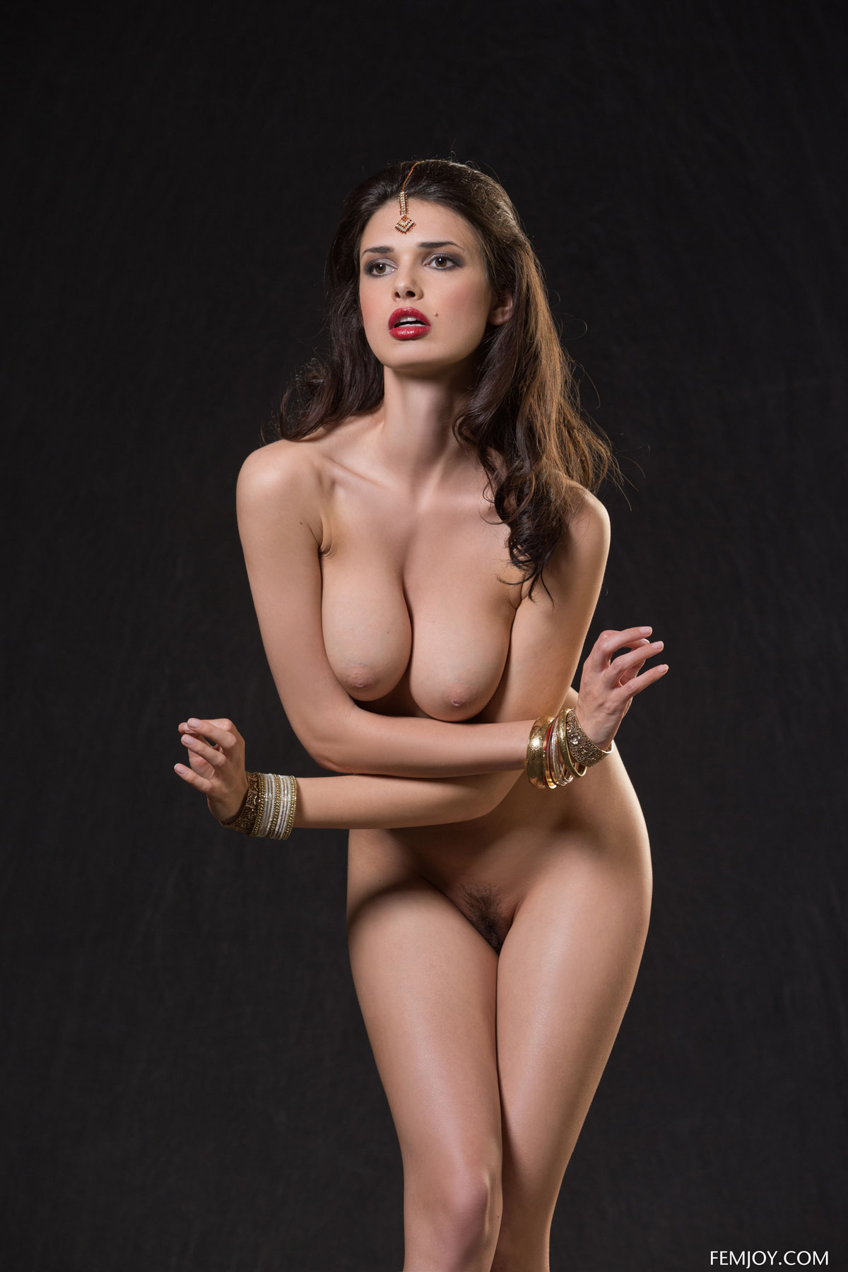 Фото голлых индийских девушек 12 фотография