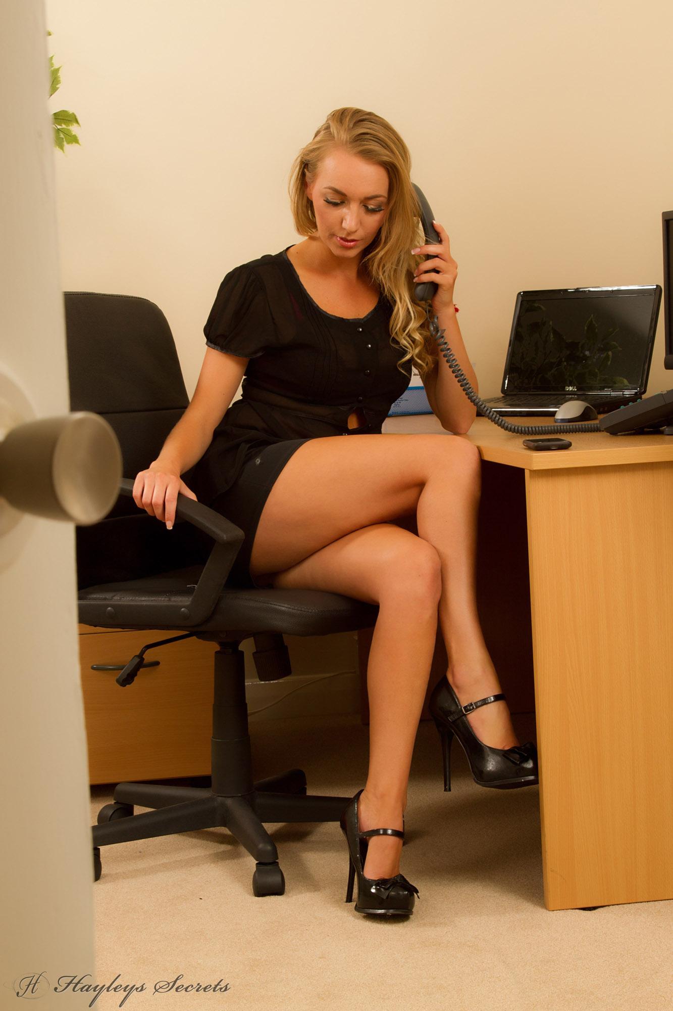 фото бизнес-леди эротическое