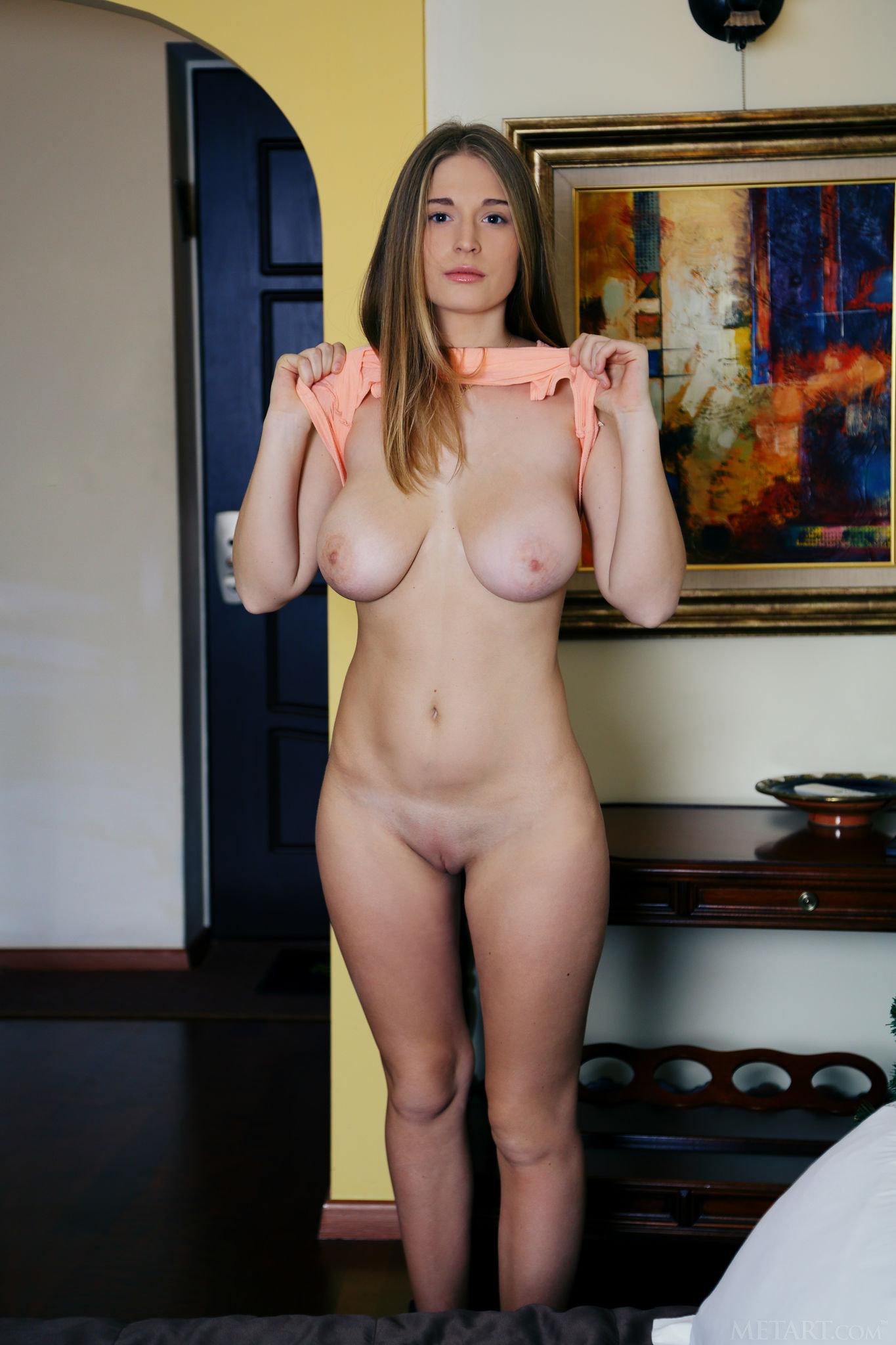 Sheela A Venebis Met Art | Curvy Erotic
