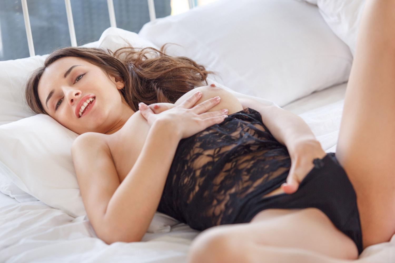Gloria Sol Purity and Nudity for Met Art X - Curvy Erotic