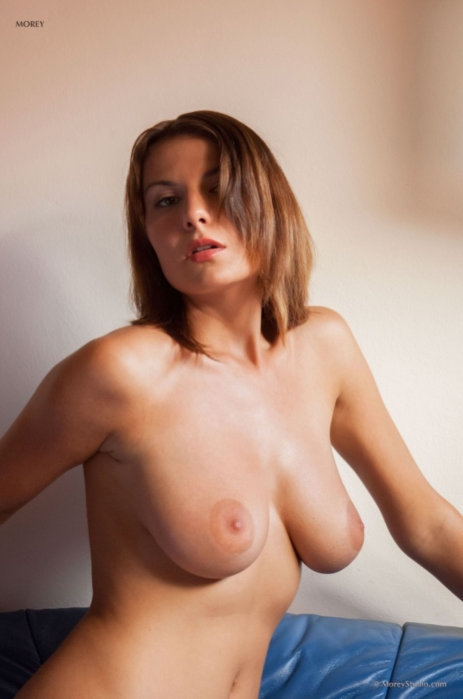 Lucy nude pics