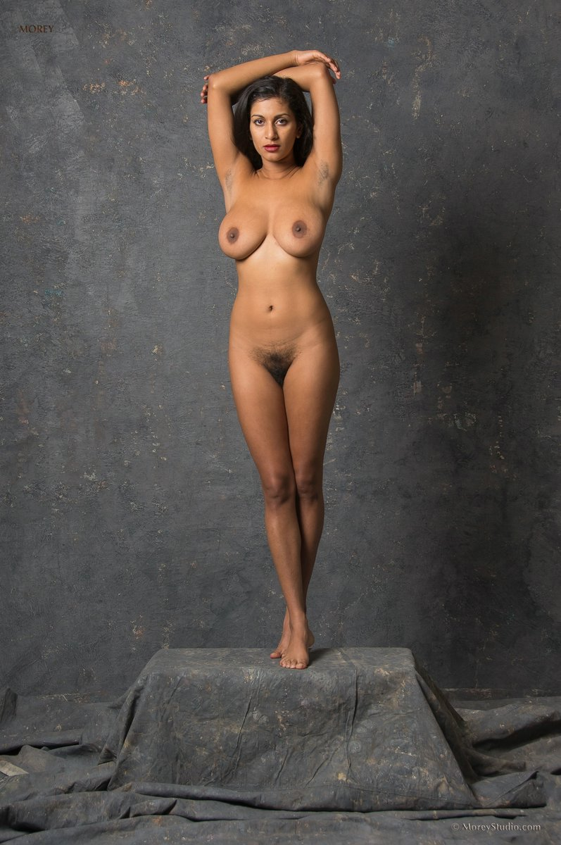 hot naked mature girls