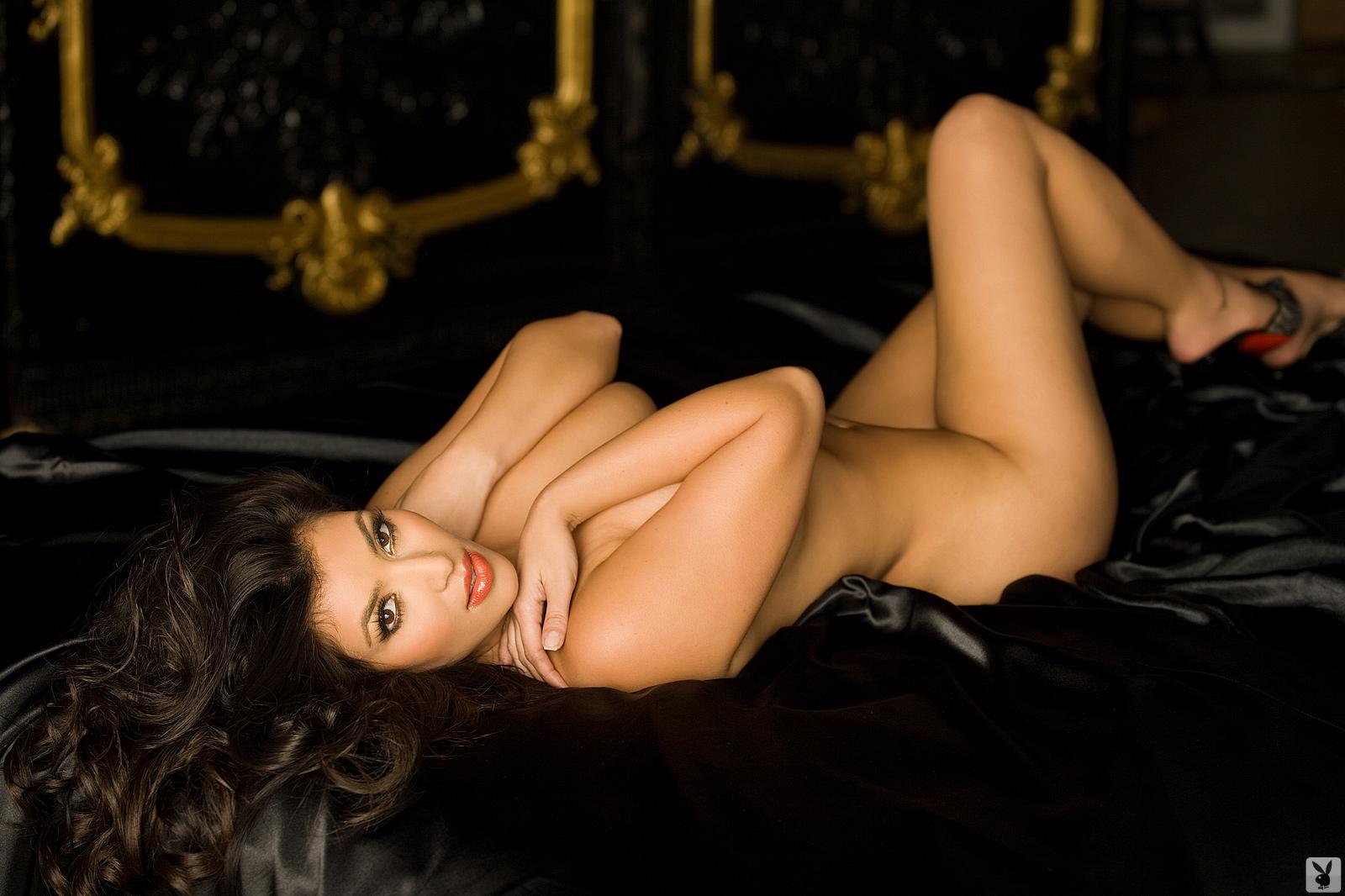 Sexy kim kardashian naked 13