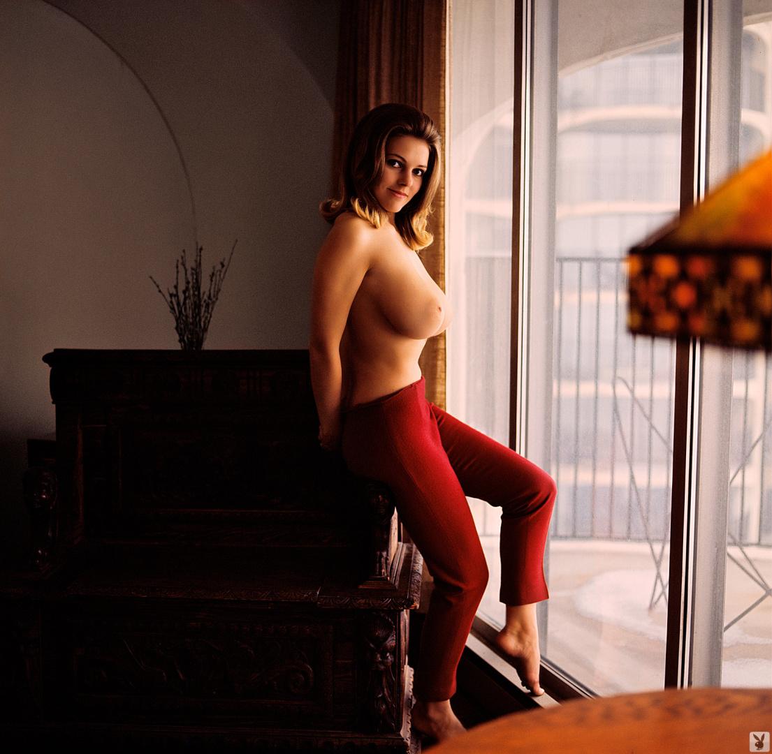 Melinda the magician nude photos — 10