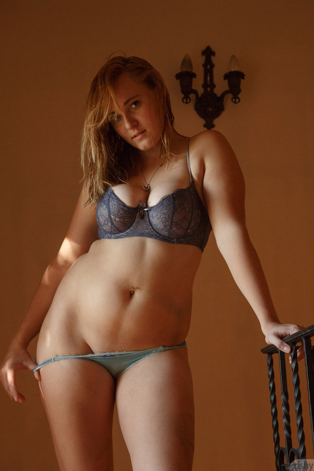 Deirdre Collins Thick Love for Zishy - Curvy Erotic