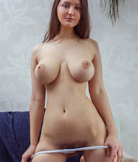 Adeline Nude Model