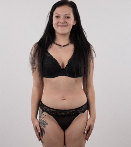 Daniela Nude Model