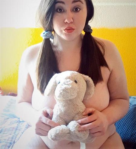lacey.retiredlush Nude Model
