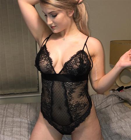 Nickymoore Nude Model