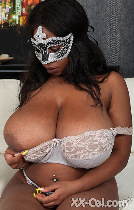 French Ebony Newcomer Nude Model