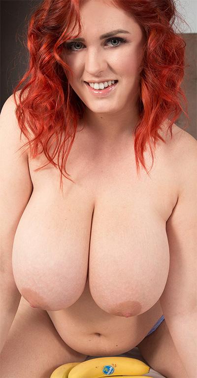 The Hot Redhead Alexsis Faye Scoreland