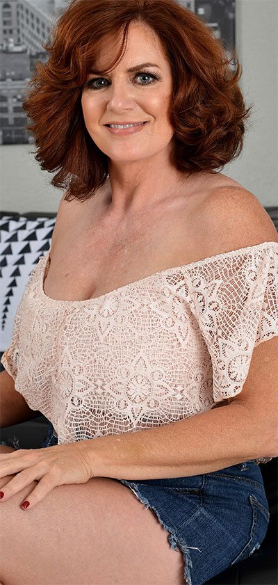Andi James Busty MILF All Over 30