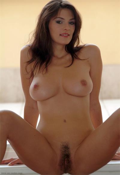 Anita Mc-Nudes