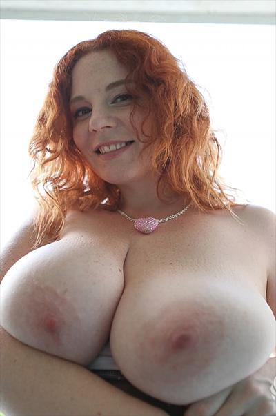 Avalon Nude Redhead Yanks