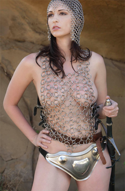 Carlotta Champagne Chainmail for Bare Maidens