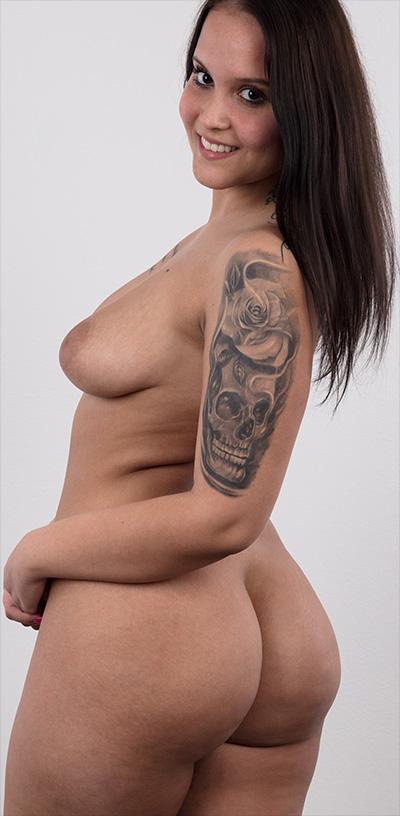 Denisa 6209 Curvy Nude Czech Casting
