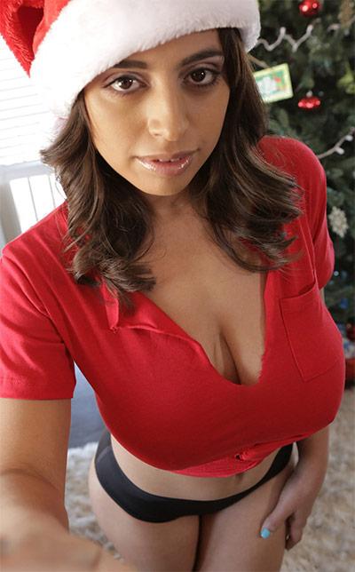 Ella Knox Busty Christmas NF Busty
