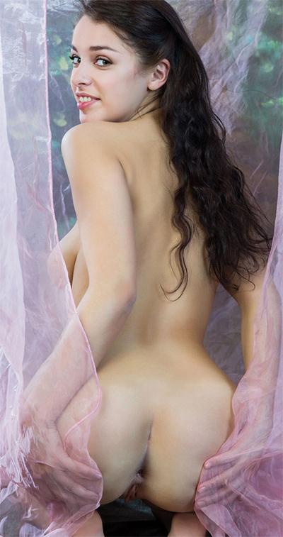 Evita Lima Kanop Nude Body