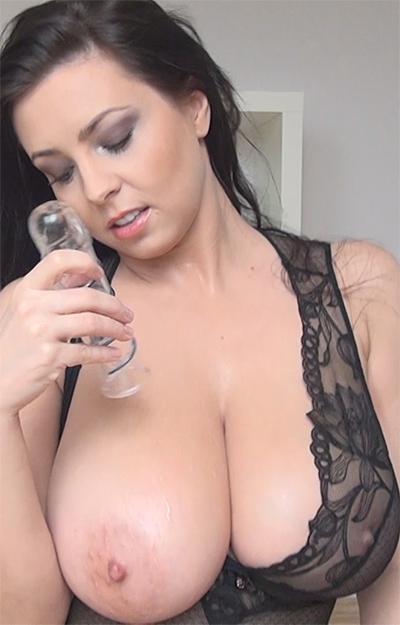 Ewa Sonnet Glass Dildo Play