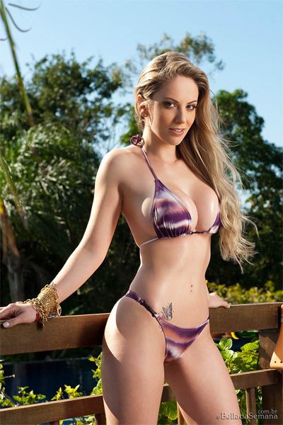 Franciele Perao Bella Club Curvy Erotic