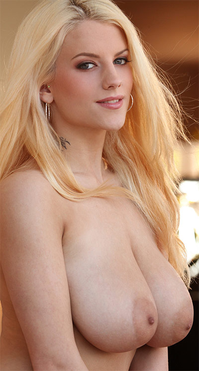 Haley Cummings Busty Blonde Digital Desire