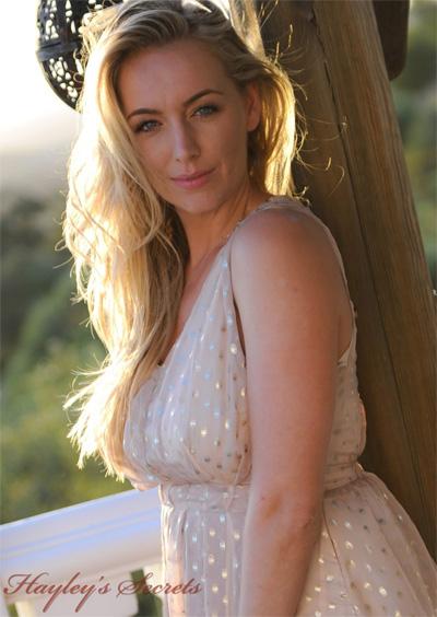 Hayley Marie Sunset Curves