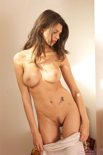Jasmine Andreas Good Morning Petites Parisiennes