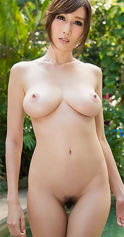 Julia Asian Beauty Poolside Romp R18