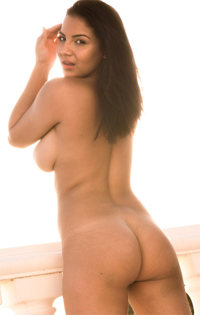 Lacey Banghard Sunbed