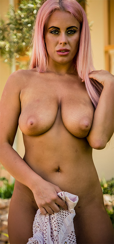 Laila Shocking Pink Hayleys Secrets