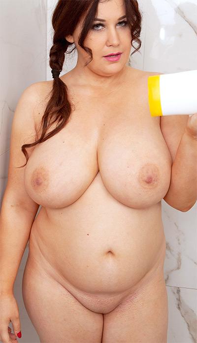 Girls nude xl Chubby Pics