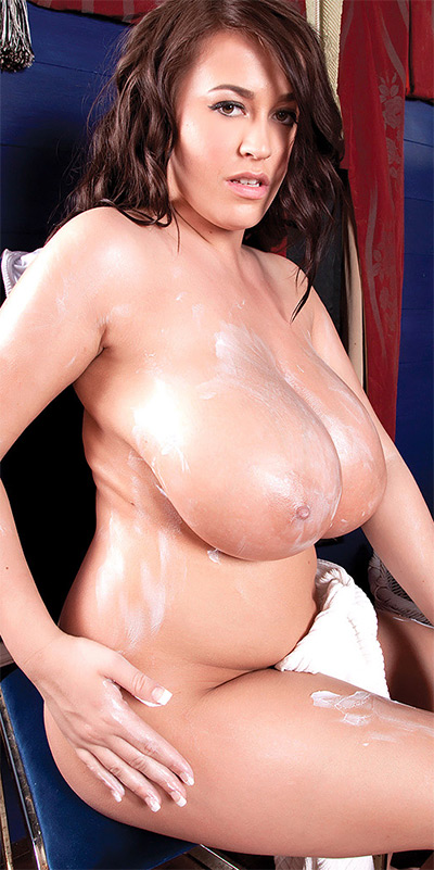 Leanne Crow Bubble Bath Scoreland