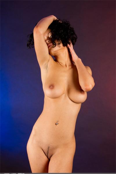 Domai | Curvy Erotic