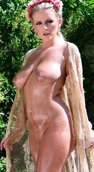 Lycia Sharyl Oiled Goddess