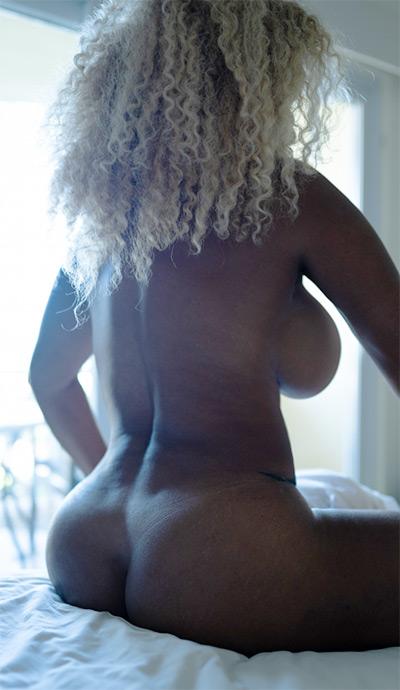 Mango Maddy Fully Nude Hotel