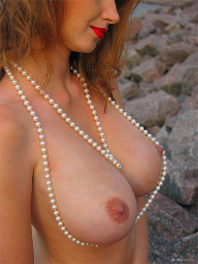 Maria D Beach Erotic Beauty