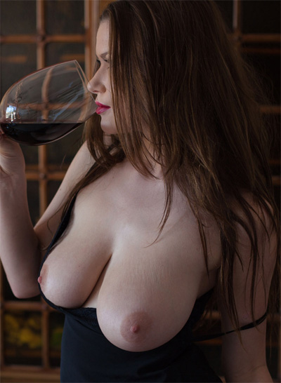 Marjana Red Wine Life Erotic