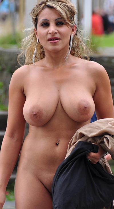 German woman nude German Curves Nude Pics And Vids Curvy Erotic