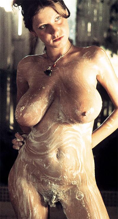 Roberta Pedon Nude Score Classics