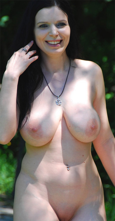 Sophie Nude In Public Activity
